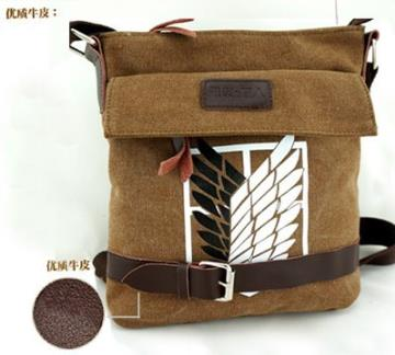 "Bag based on anime ""Attack of the Titans""."